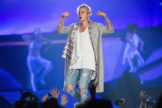 Immagine di Justin Bieber sul palco