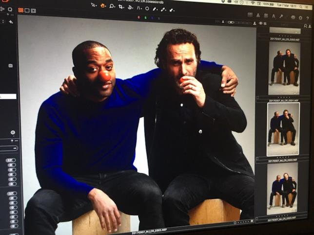 Chiwetel Ejiofor e Andrew Lincoln con il naso da clown del Red Nose Day 2017