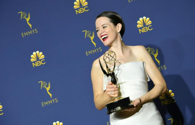 Claire Foy stringe il suo Emmy