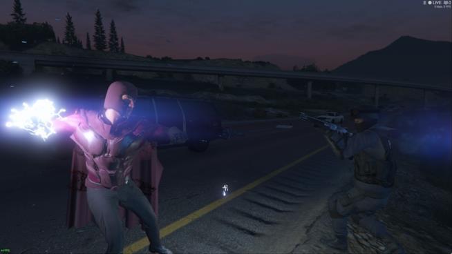 Magneto intento a combattere contro un soldato in GTA V
