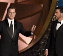 Primo piano di Matt Damon e Jimmy Kimmel