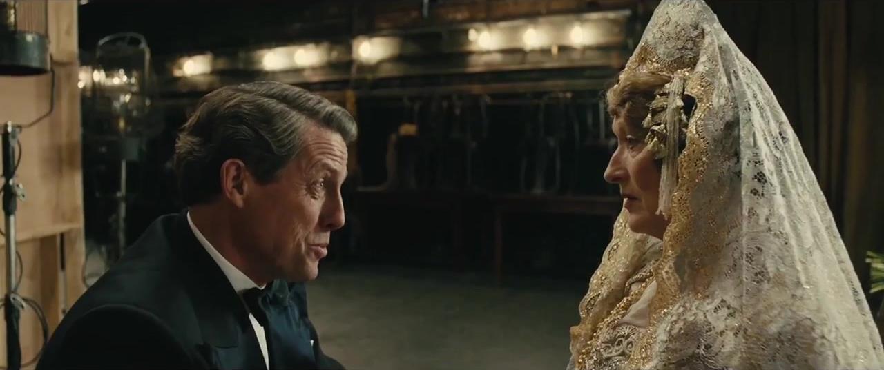 L'attrice nei panni della ricca ereditiere newyorchese in una scena di Florence Foster Jenkins