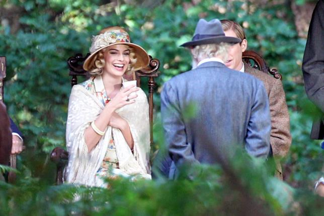 Margot Robbie interpreta Daphne Milne, moglie di A.A. Milne (Domhnall Gleeson)