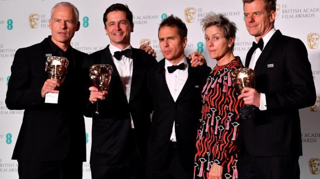 Il cast di Tre Manifesti a Ebbing, Missouri sul red carpet dei BAFTA