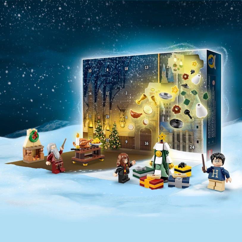 Una immagine di alcune costruzioni possibili con il Calendario dell'Avvento LEGO Harry Potter del 2019