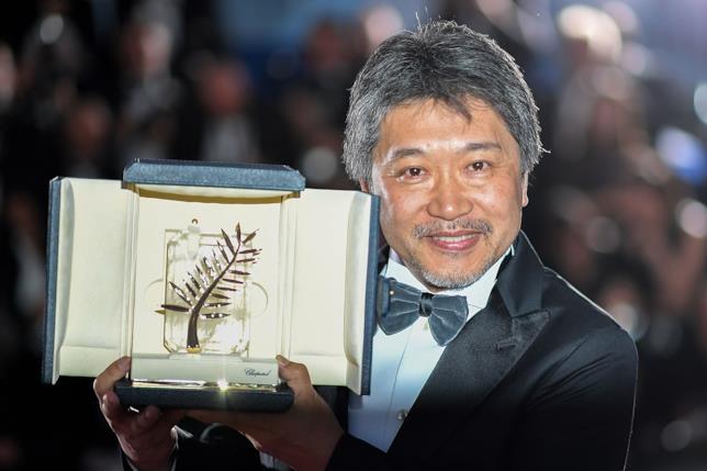 Il regista Hirokazu Kore-eda