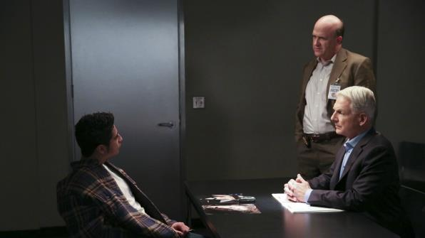 Mai dare fastidio a Gibbs durante un interrogatorio.
