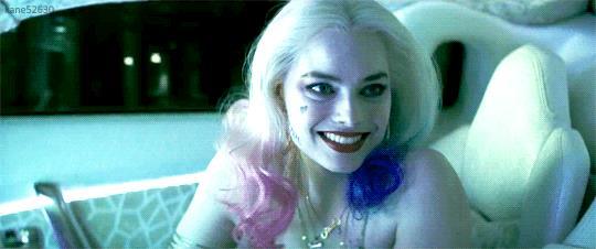 GIF di Harley Quinn in Suicide Squad