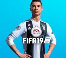 Cristiano Ronaldo con la maglia della Juventus in FIFA 19