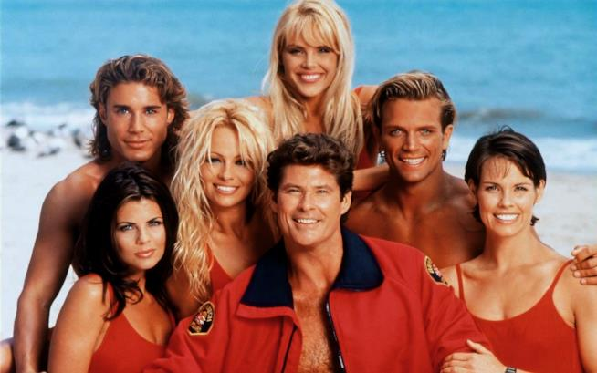 Mitch, C.J. e altri personaggi di Baywatch