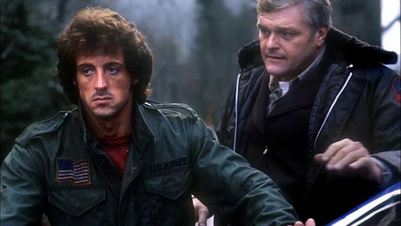 Sylvester Stallone in una scena del primo film dedicato all'eroe di guerra Rambo