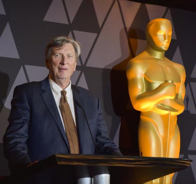 John Bailey con un Oscar