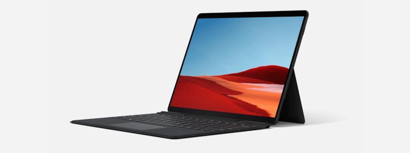 Microsoft Surface Pro X da ogni lato