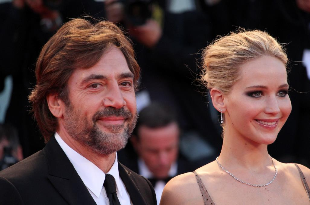Javier Bardem e Jennifer Lawrence sul red carpet di Madre!.