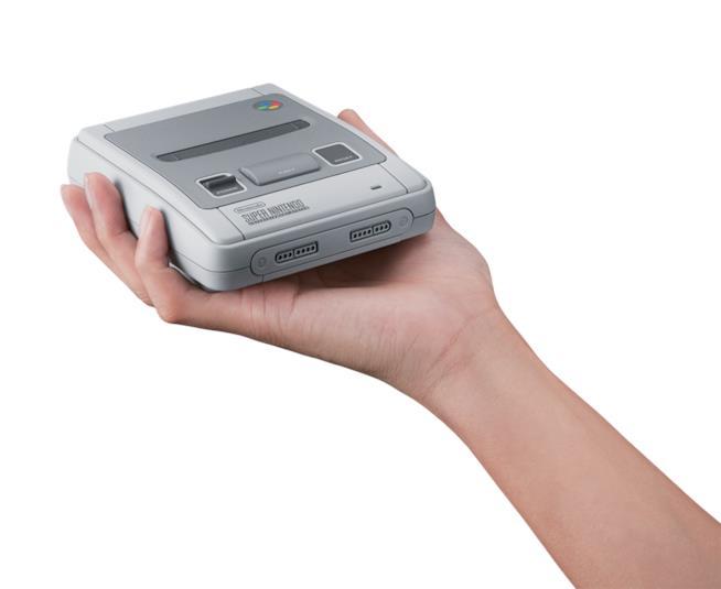 La versione in piccolo del Super Nintendo