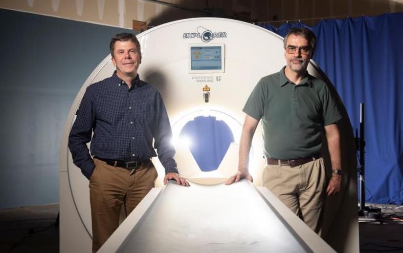Simon Cherry a sinistra e Ramsey Badawi a destra, gli ideatori dello scanner 3D EXPLORER