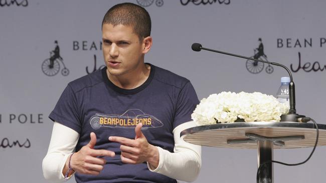 Wentworth Miller durante una conferenza stampa