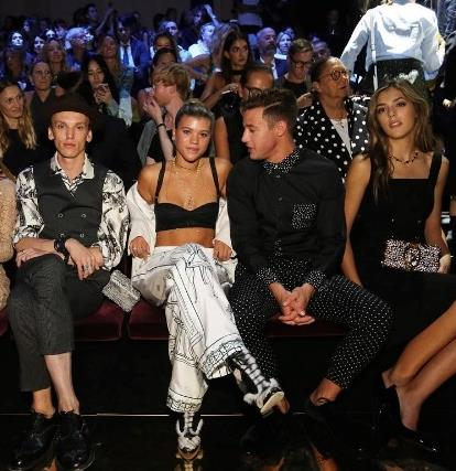 Sofia Richie, Cameron Dallas e Sistine Stallone in prima fila alla sfilata Dolce & Gabbana
