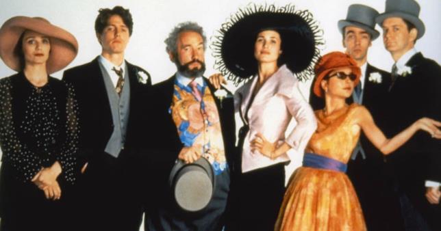 Foto di gruppo del cast di Quattro Matrimoni e un Funerale