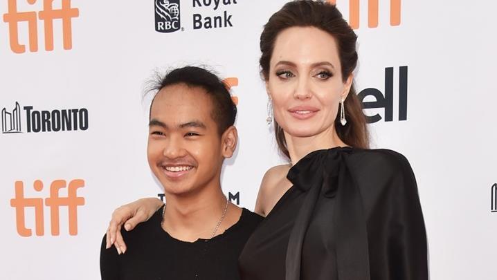 Angelina Jolie e il figlio Maddox