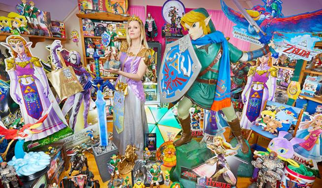 Anne Martha Harnes con la sua enorme collezione a tema The Legend of Zelda