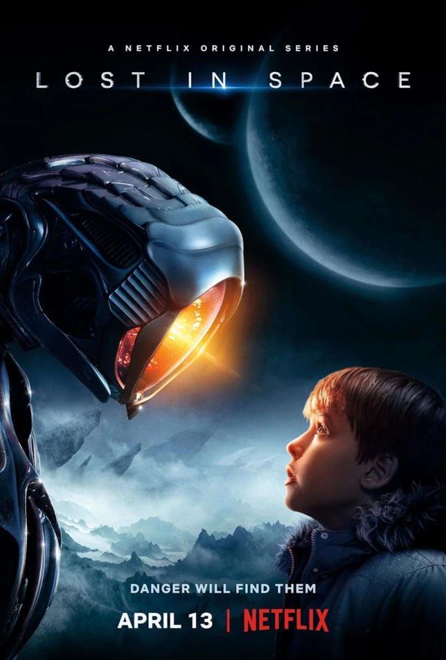 Will Robinson e una misteriosa creatura robot nel poster di Lost in Space