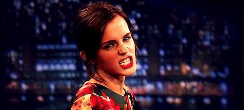 Emma Watson fa una smorfia