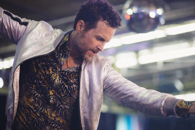 Lorenzo Jovanotti in una scena del video di Sabato