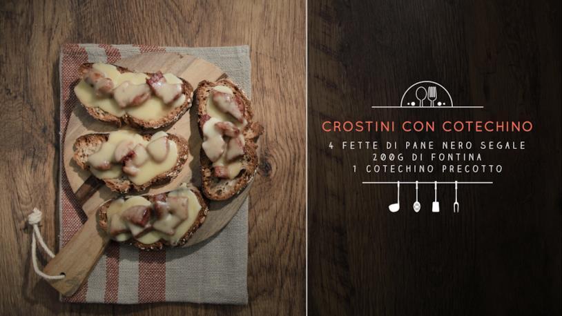 Crostini con cotechino e fontina