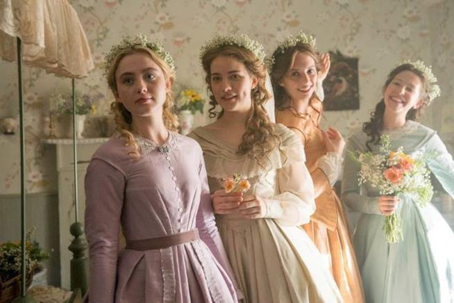 Le sorelle vestite eleganti in Little Women