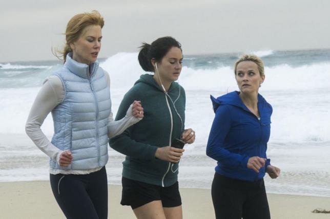 Le protagoniste di Big Little Lies corrono sulla spiaggia