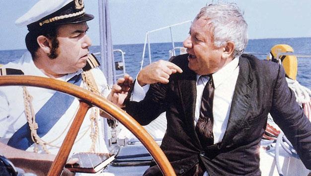 Lino Banfi e Paolo Villaggio in una scena del film