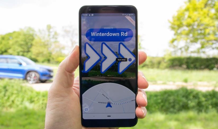 Google Maps in Live View in esecuzione su un Google Pixel