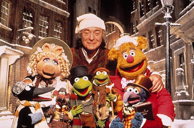 Michael Caine assieme ai pupazzi del Muppet Show