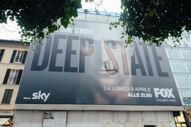 L'incredibile installazione a Milano per il lancio di Deep State