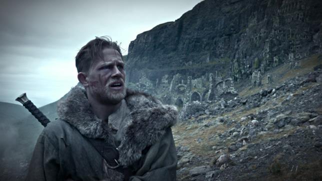 King Arthur – Il potere della spada del regista Guy Ritchie