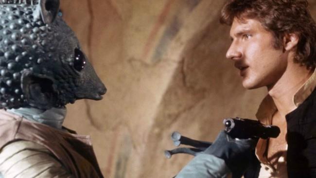 Greedo minaccia Han Solo su ordine di Jabba the Hutt