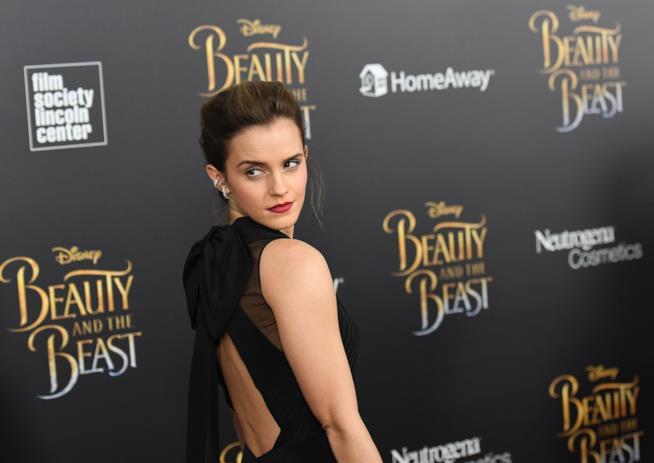 Emma Watson durante una delle proiezioni de La Bella e la Bestia in giro per il mondo