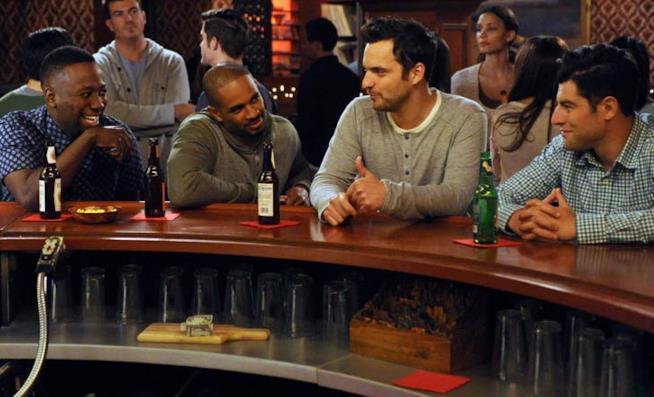 Schmidt, Nick, Coach e Wilson si riuniscono in un pub
