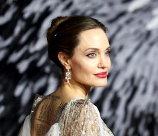 Angelina Jolie durante il tour promozionale di Maleficent 2