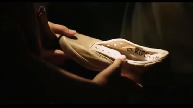 IT: Bill trova la scarpa di Betty Ripsom