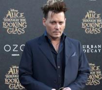 Johnny Depp alla prima di Alice Attraverso lo Specchio