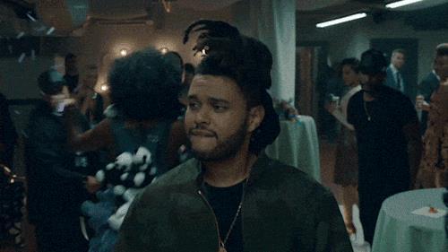 The Weeknd fa un cenno di intesa