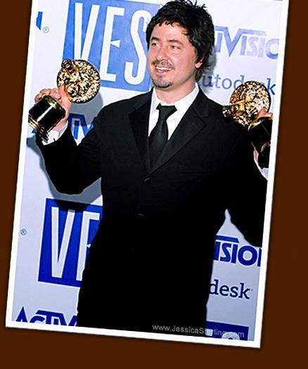 James Madigan con un premio