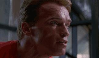Arnold Schwarzenegger in una scena di Lat Action Hero