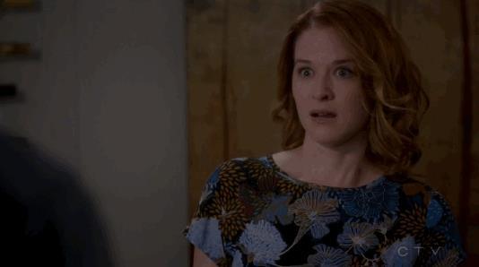 la Kepner tira biscotti della fortuna a Jackson