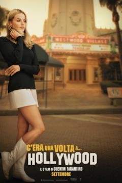 Margot Robbie nei panni di Sharon Tate