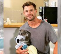 Chris Hemsworth in una scena di Thor: The Dark World