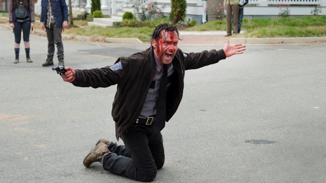 Rick in una scena della quinta stagione di The Walking Dead