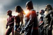 Flash, Wonder Woman, Batman, Cyborg e Aquaman in Justice League